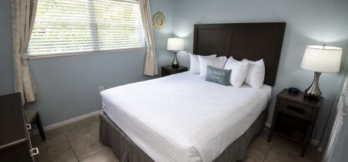 Marco Island Lakeside Inn 2 BR Poolside Bedroom B