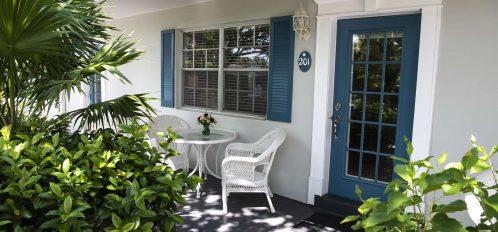 Marco Island Lakeside Inn 2 BR Poolside exterior patio