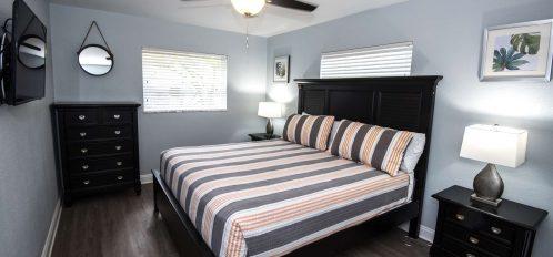 Marco Island Lakeside Inn Deluxe Villa 2BR-2BA Bedroom B