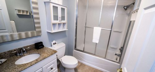 Marco Island Lakeside Inn Lakeview Superior 2 BR-2BA Suite bathroom A