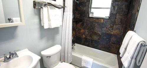 Marco Island Lakeside Inn Standard Villa 2BR-1BA full bathroom