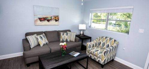 Marco Island Lakeside Inn Villa 2BR-1BA Living room