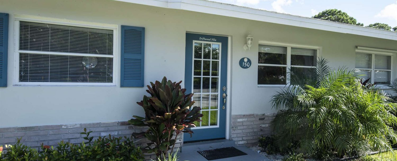 Marco Island Lakeside Inn Villa 2BR-1BA exterior Room 150