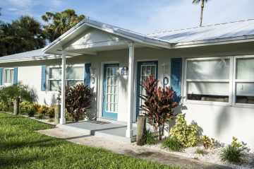 Marco Island Lakeside Inn exterior Rooms 101 A & B Villa