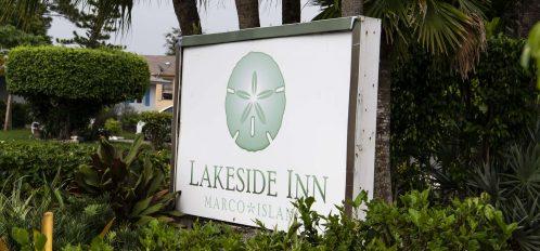 Marco Island Lakeside Inn exterior sign (2)