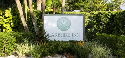Marco Island Lakeside Inn exterior sign